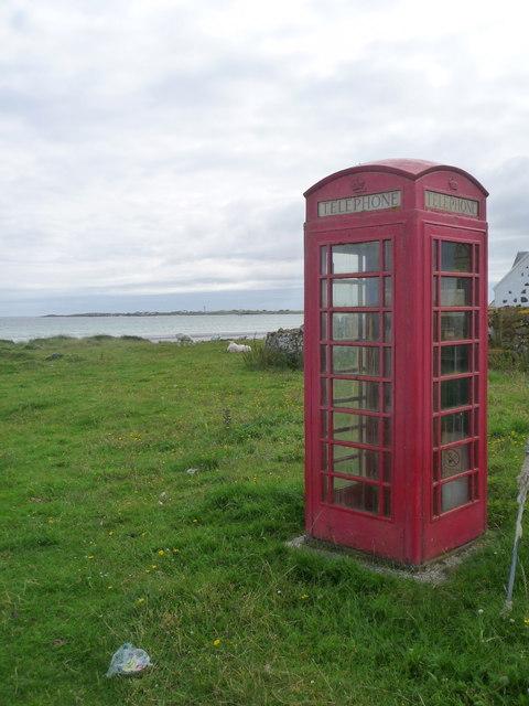 Kirkapol: the telephone box