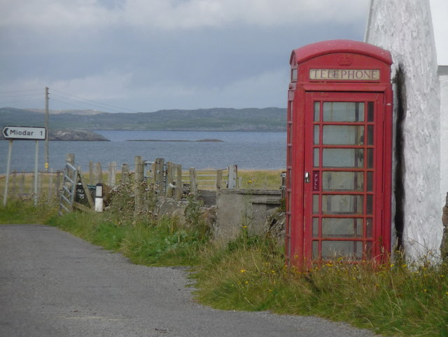 Caolas: the telephone box