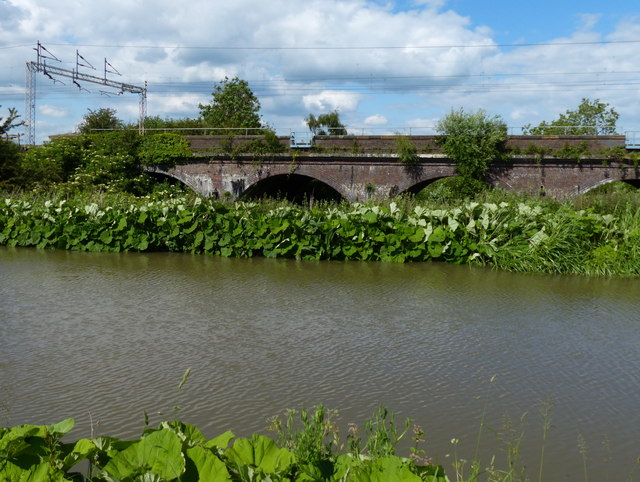 Hopsford Viaduct and the Oxford Canal