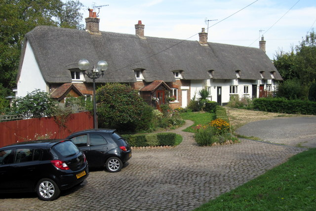 Cottages on Church End