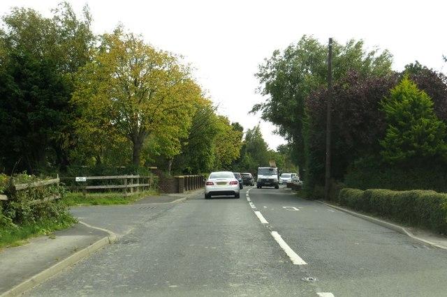 Carr Lane into Hambleton
