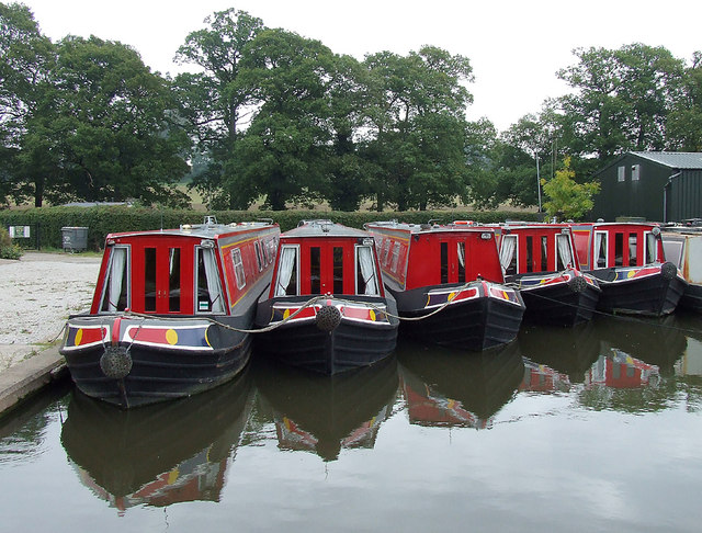 Hire boats north of Penkridge, Staffordshire
