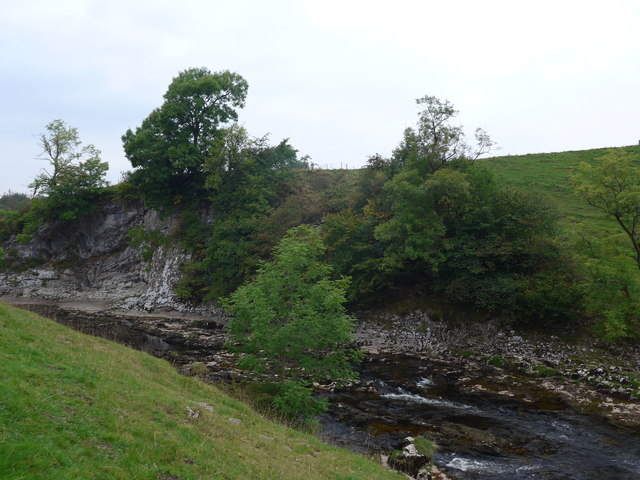 Dales Way trek from Bolton Abbey to Pinder Stile (105)
