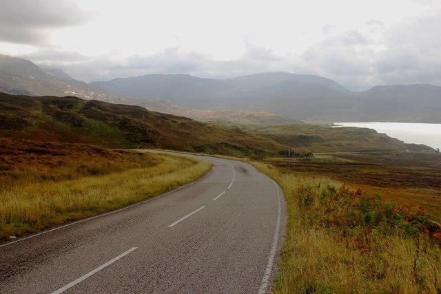 The A894 begins a long descent towards Loch Assynt