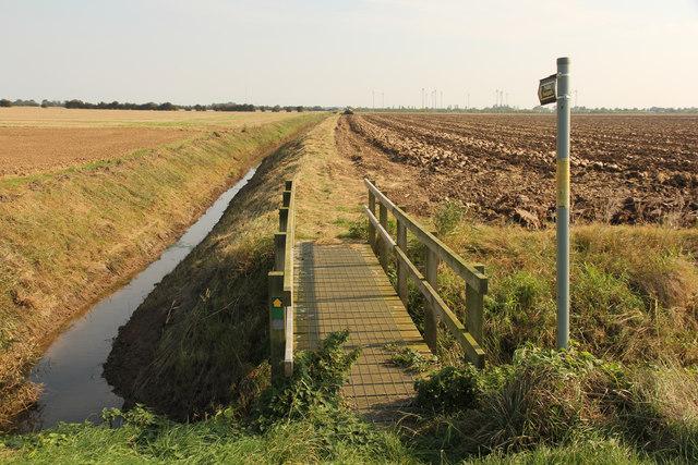 Footbridge over Meers Bank drain