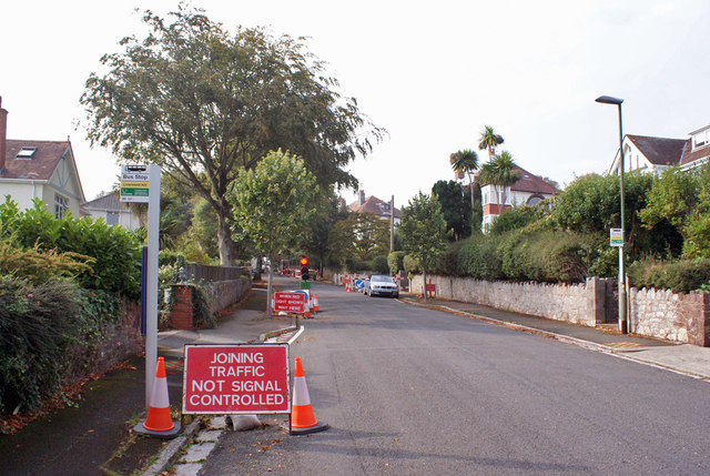 Roadworks in Broadpark Road, Livermead