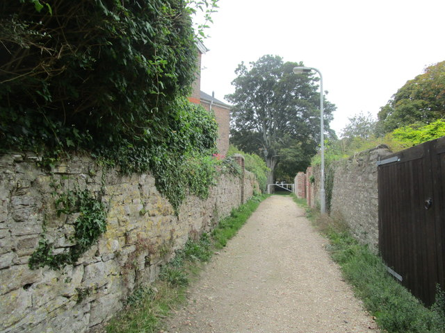 Path from Salisbury Field to Fordington Green