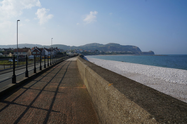 Wales  Coast Path at Penrhyn Bay