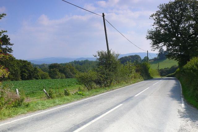 Ffordd rhwng Rhyd-Uchaf a'r Bala / Road between Rhyd-Uchaf and Bala