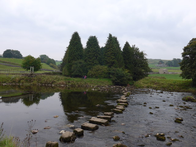 Dales Way trek from Bolton Abbey to Pinder Stile (118)
