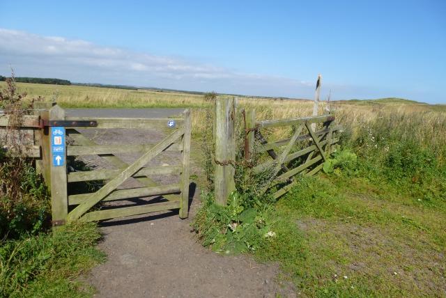 Gate on Chibburn Links