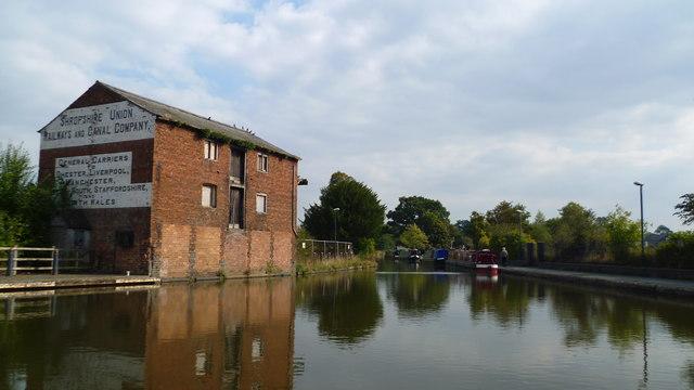 Canalside scene at Ellesmere, Shropshire