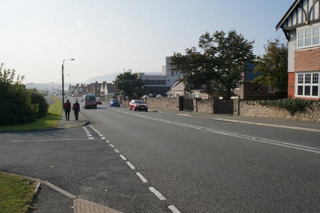 Colwyn Road towards Llandudno