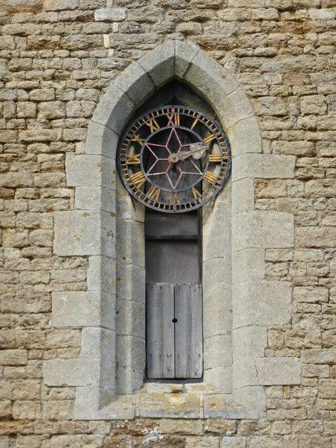 St. Peter ad Vincula, Church clock