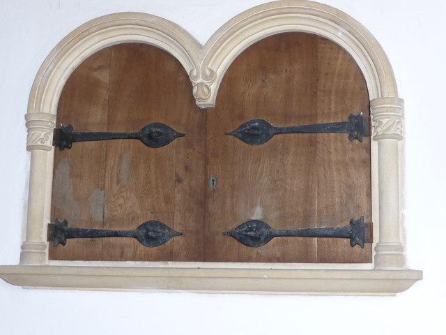 St. Peter ad Vincula, Oaken doors