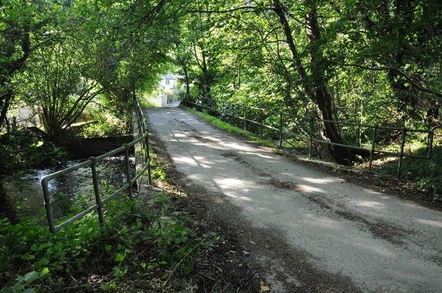 Road bridge crossing Dyffryn Aled