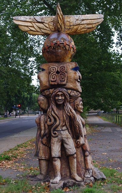 Wooden sculpture, Peckham Rye