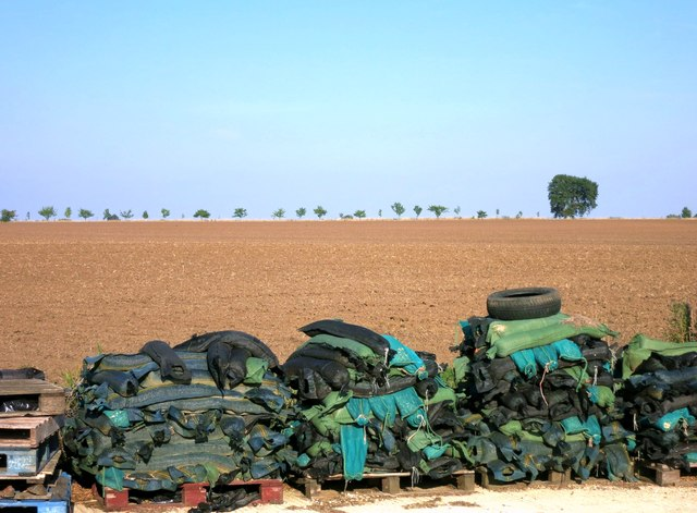 Piles of Stuff, Hinton Waldrist