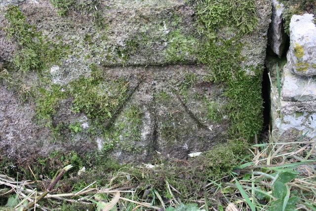 Benchmark on wall of Townhead Lane near Crossbank