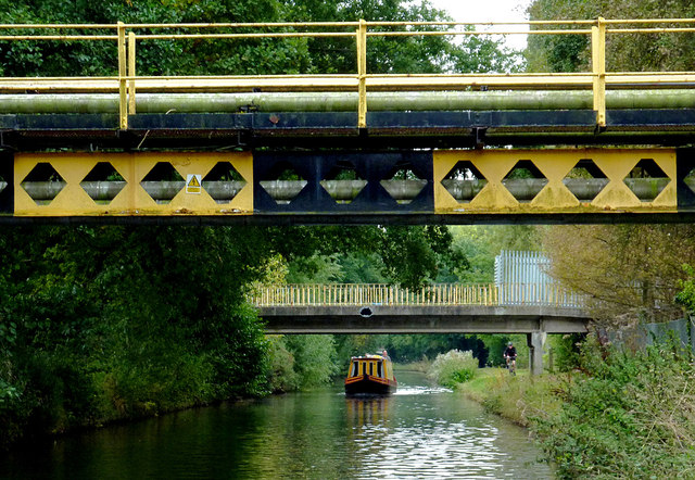 Canal bridges at Four Ashes, Staffordshire