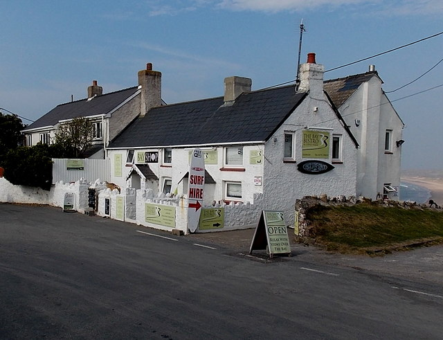 Bay Shop and The Bay Bistro & Coffee House in Rhossili