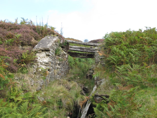 Remains of bridge on former mineral railway above Gairs