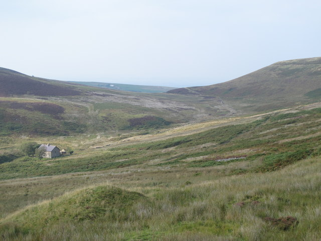 The upper valley of How Gill