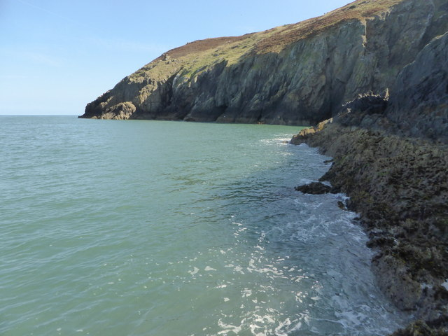 Looking along the tide line