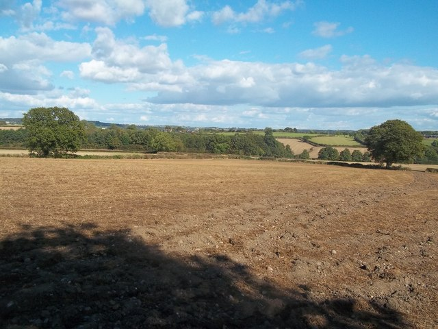 Fields viewed from the Centenary Way Footpath