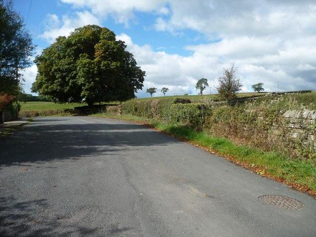 Looking west, Slates Lane, Middleton