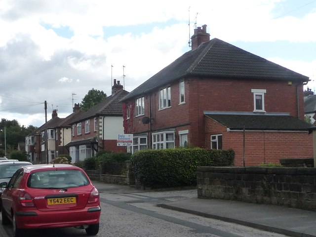 Semis on Carrington Terrace, Guiseley