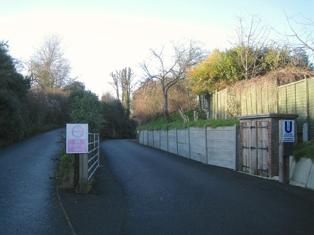 Entrance to former quarry off Wharf Street, Warwick