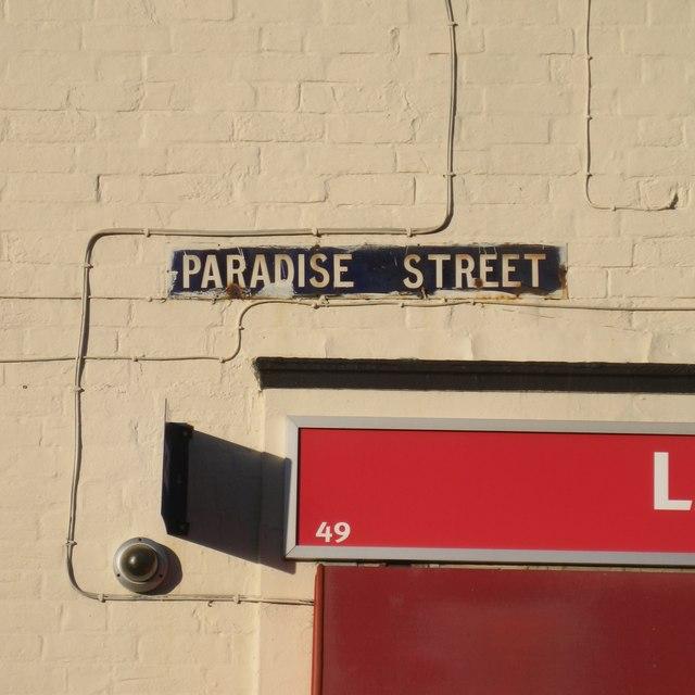 Old enamel street nameplate, Paradise Street, Warwick