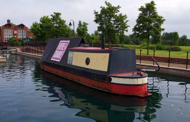 Boat on the ornamental canal (1), Furzton, Milton Keynes