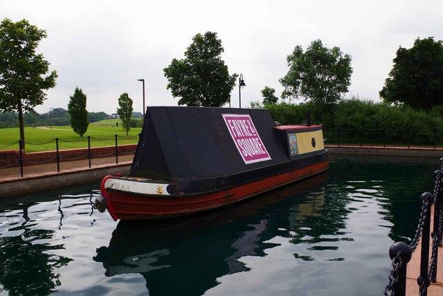 Boat on the ornamental canal (2), Furzton, Milton Keynes