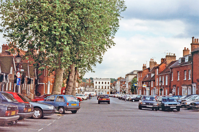 Farnham: SE on Castle Street, 1991