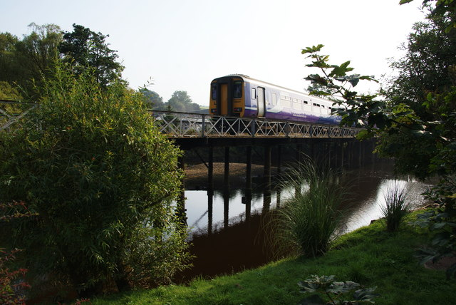 Train crossing the Esk at Ruswarp