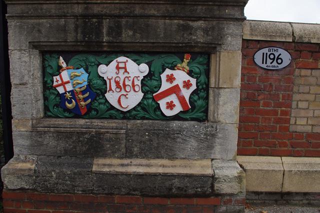 Red Post Hill railway bridge