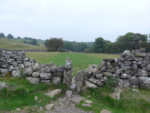 Dales Way trek from Bolton Abbey to Pinder Stile (156)