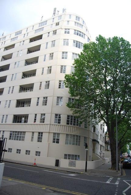 Apartment block, Sloane Avenue