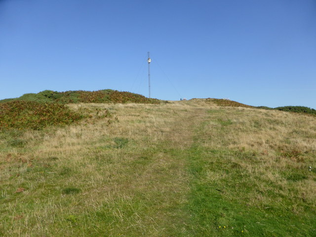 Approaching the surviving navigation mast