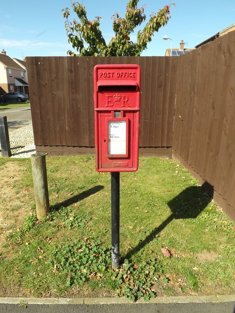 91 Braziers Wood Postbox
