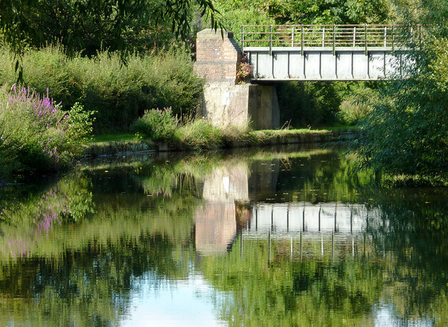 Former railway bridge south of Penkridge, Staffordshire
