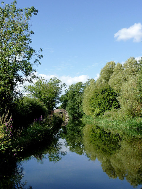 Staffordshire and Worcestershire Canal south of Penkridge, Staffordshire