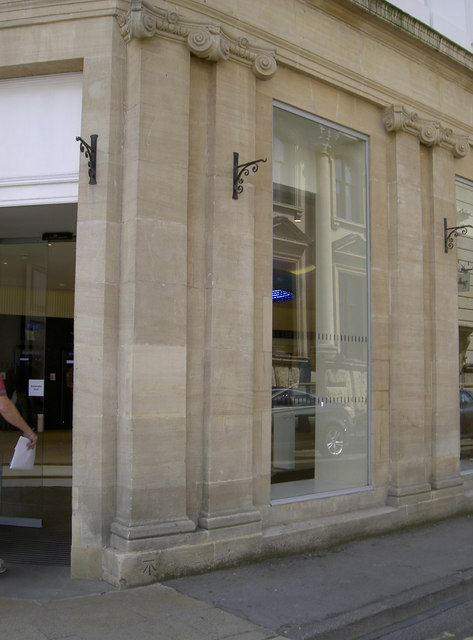 Corner of Rodney Street