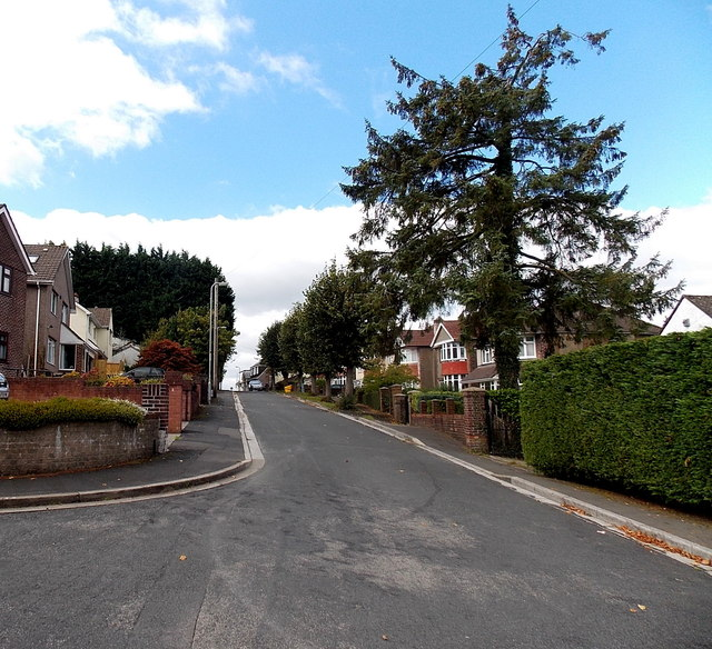 West along Woodlands Drive, Malpas, Newport
