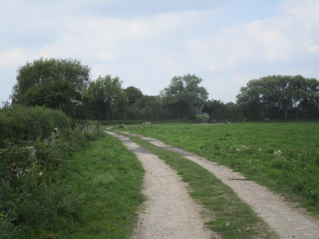 Path from the Severn bank