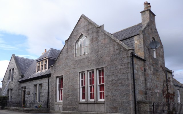 An unnamed granite building in Echt