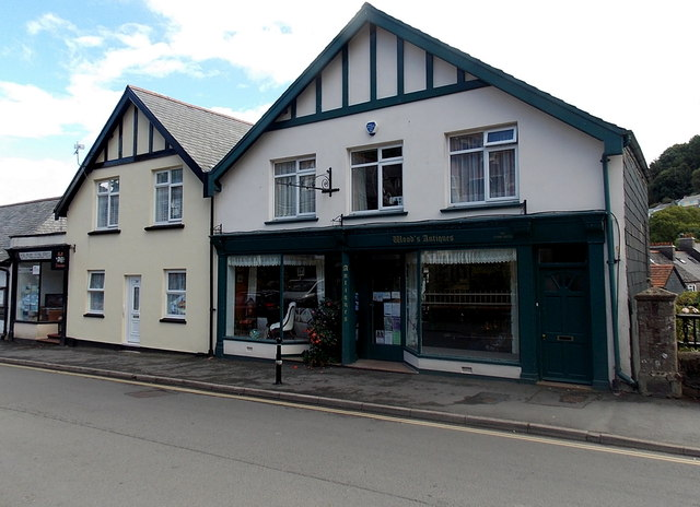 Wood's Antiques shop in Lynton