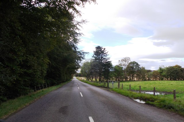 Heading west on B9119 beyond South Monecht Croft